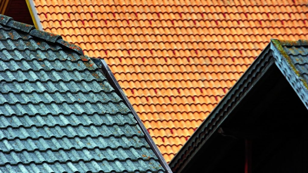 Roof Maintaining Tips – Everything You Need to Know for Roof Leak Fixing